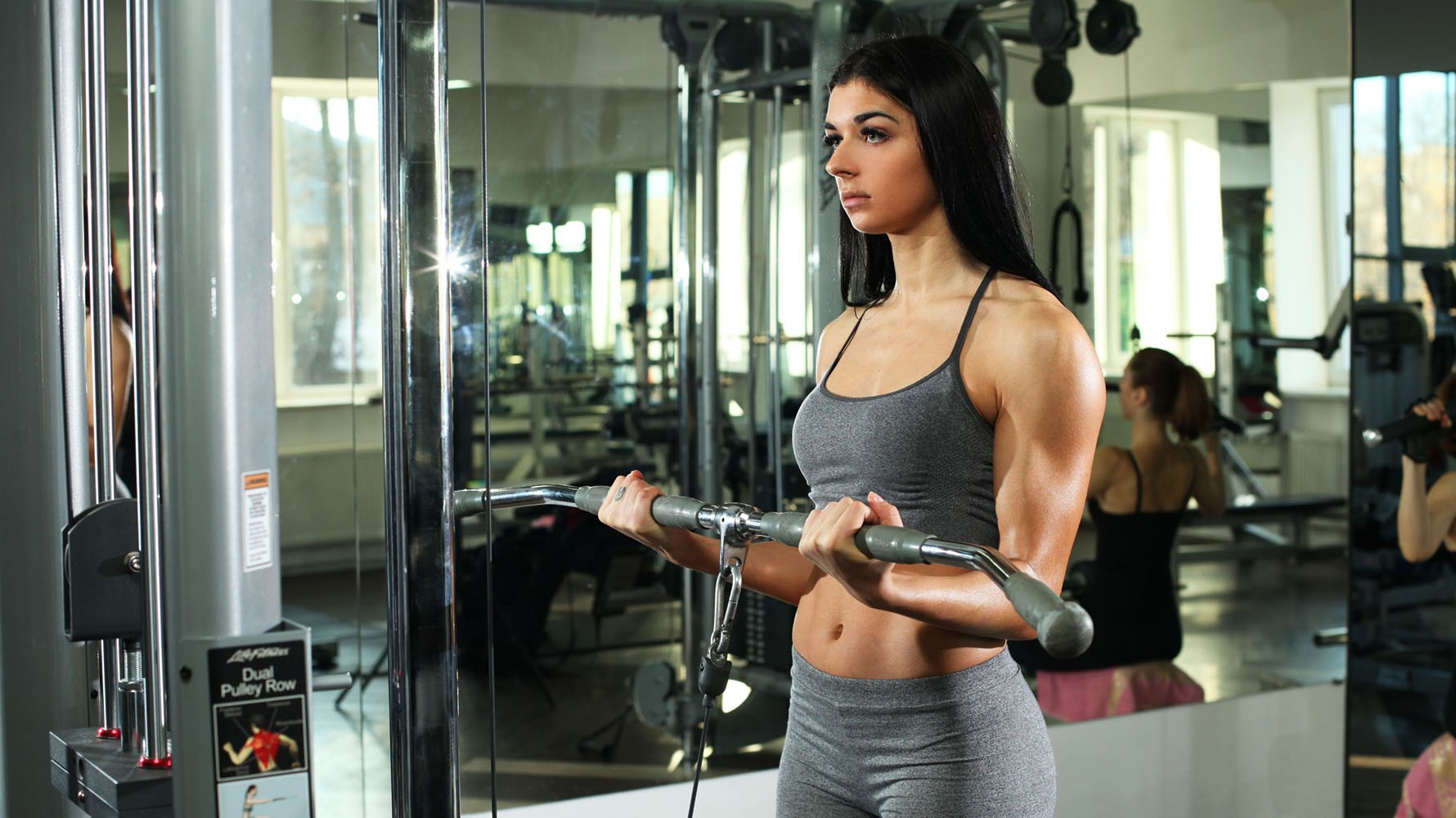 standing cable bicep curls