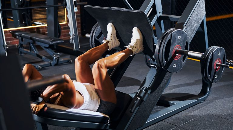Best Leg Press Alternatives To Do in the Gym and At Home